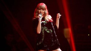 Taylor Swift finally takes a stand and donates to March for our Lives